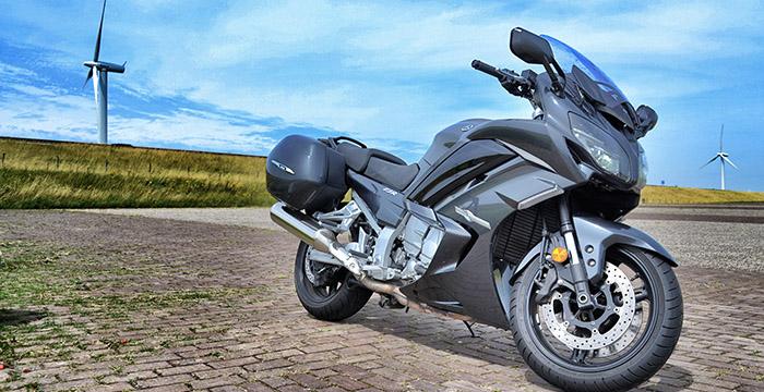Met de Yamaha FJR1300AS door Zeeland 5