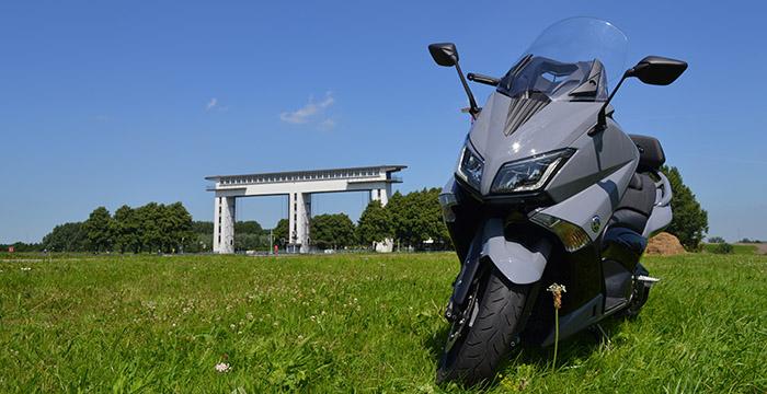 De Yamaha TMAX, een echte motor 2