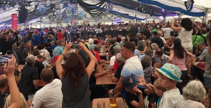 In Duitsland weten ze wat feesten is, ook tijdens de BMW Motorrad Days!
