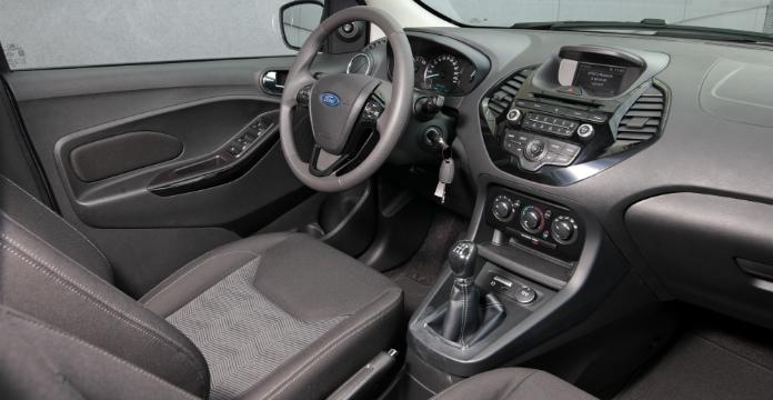 ford-ka-nieuw-in-het-b-segment_driving-dutchman2