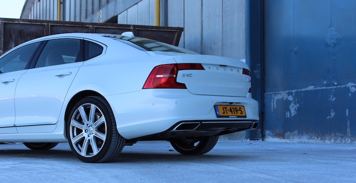 volvo-s90-the-new-next-toplimousine-driving-dutchman_01