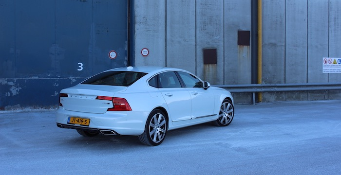 volvo-s90-the-new-next-toplimousine-driving-dutchman_03
