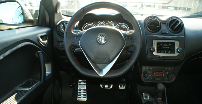 alfa-romeo-mito-veloce-de-nieuwe-sportieveling_driving-dutchman_4