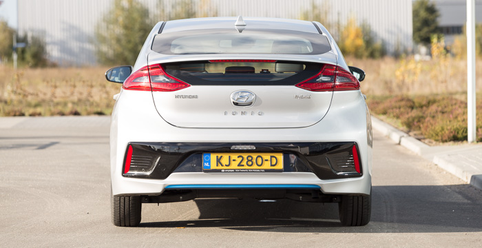 hyundai-ioniq-hybrid-beter-dan-de-rest_driving-dutchman-6