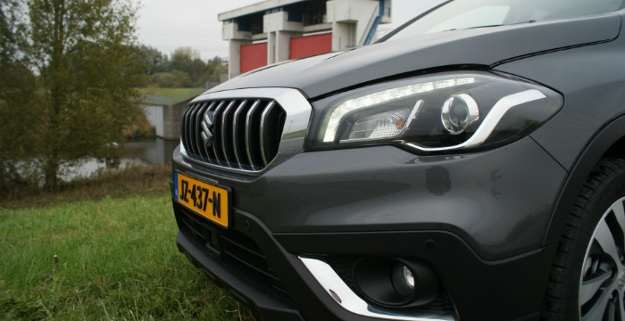 suzuki-s-cross-is-een-echte-no-nonsens-crossover_driving-dutchman-5
