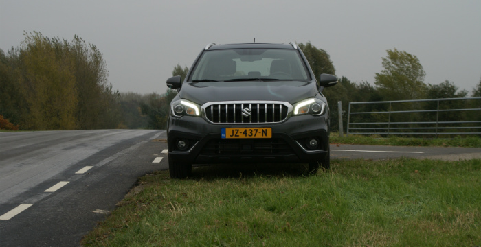 suzuki-s-cross-is-een-echte-no-nonsens-crossover_driving-dutchman-6