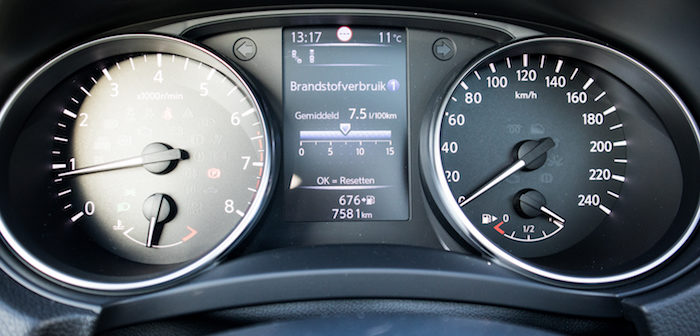 Rijtest Nissan Qashqai Tekna+ modeljaar 2017 Driving-Dutchman autotest