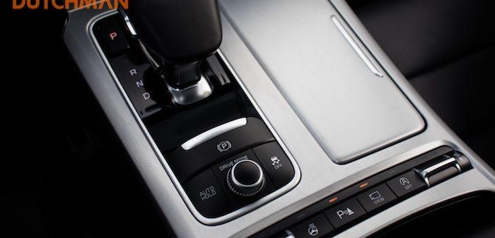 Rijtest Kia Stinger GT 3.3 Twin-Turbo V6 AWD autotest Driving-Dutchman shift