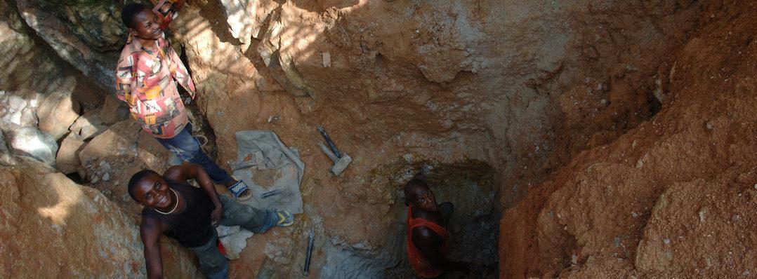 Arbeiders in een Congolese kobaltmijn
